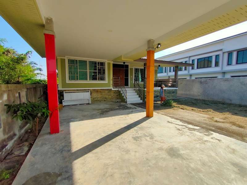 Hottest Location! Soi 94 3 BR 3 Bath Easy Walk to Restaurants and Bars