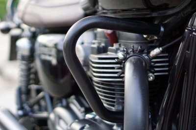 [ For Sale ] Triumph Bonneville T120 Black in a perfect condition! wit