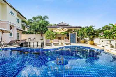 Large 5 Bedroom Pool Villa In Great Location