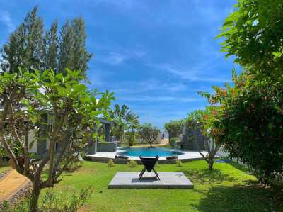 LUXURY Beach Front Pool Villa