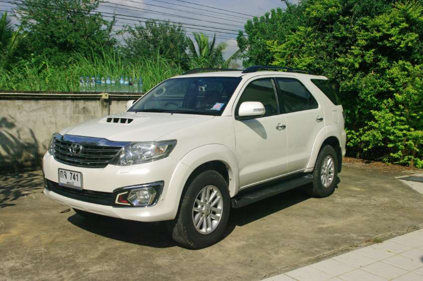 NOW REDUCED IN PRICE Very Good Condition Toyota Fortuner 3.0 D4D
