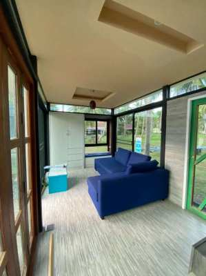 Chaweng Beachfront house for rent: 9,500 Baht / month.