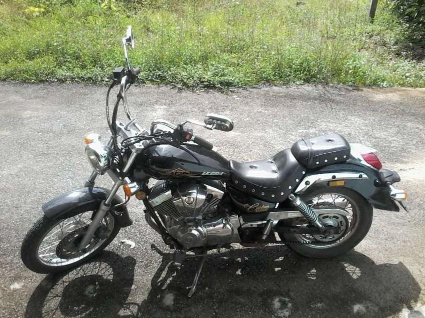 Bike 250cc like new