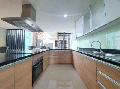 4 Bedroom Condo for rent in Circle Condominium, Makkasan