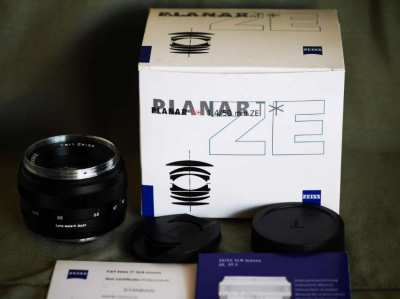 Carl Zeiss Planar T* 50mm f/1.4 ZE Lens for Canon EF in Box