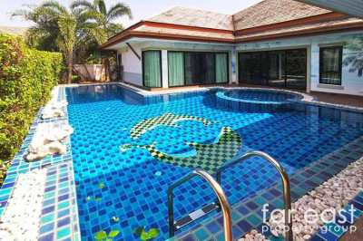 Baan Dusit Pattaya Lake Pool Villa