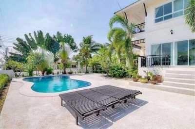 Super Value 5 Bedroom Pool Villa