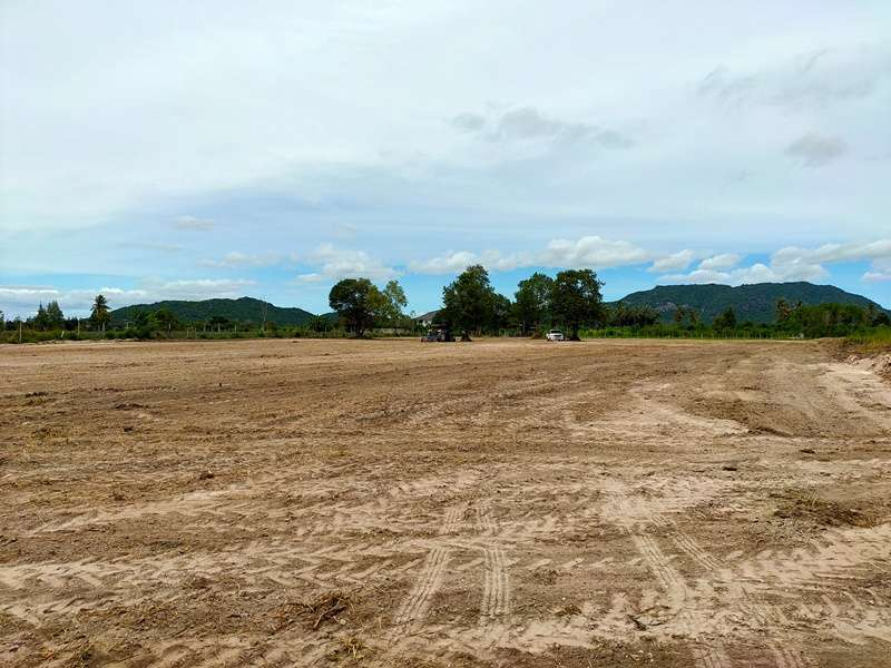 Bargain Priced Mountain View Home Building Plots 240 TW to 2 Rai