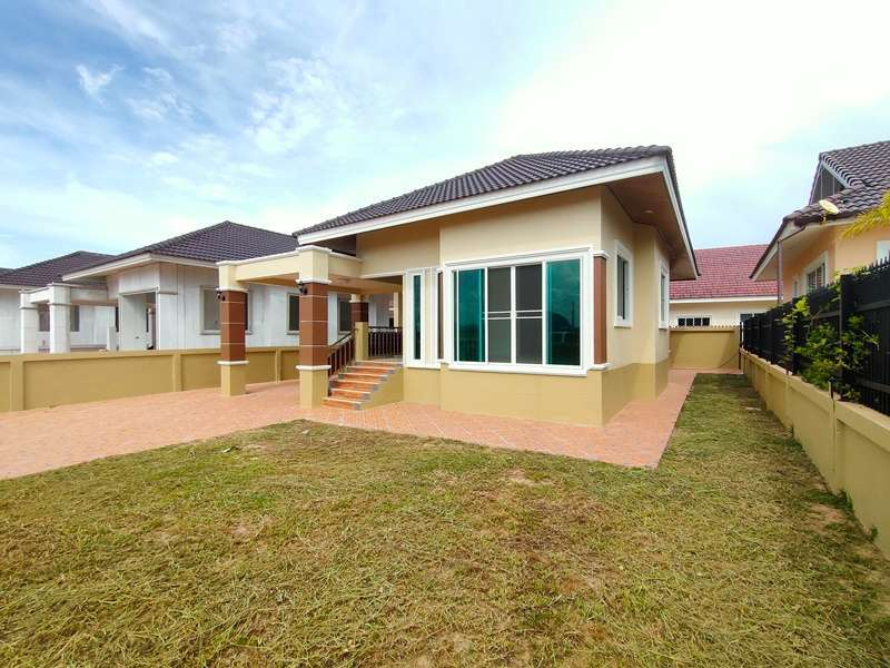 New Affordable Unfurnished 2 BR 2 Bath Homes Just Outside Cha-am Town
