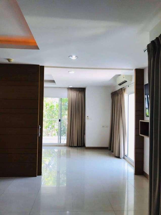 ☆ Platinum Suites Condominiums