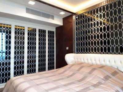 A very lavish condo room on Chao Praya Riverside.