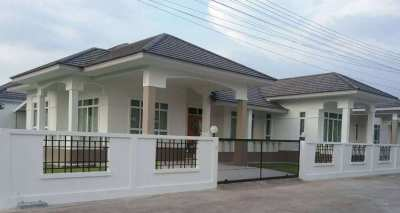 3 Bedroom Single House For Rent Close To The Beach