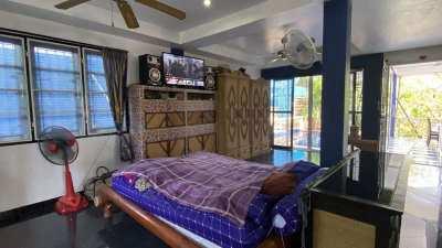 6 bedroom pool-house at idyllic location North of Pattaya