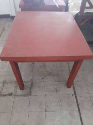 Wooden table Length: 107 x D90 x H81
