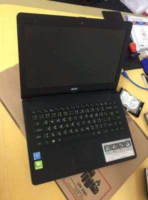 Acer one 14 Intel Celeron, 4gb ram, 500 gb hdd, 14