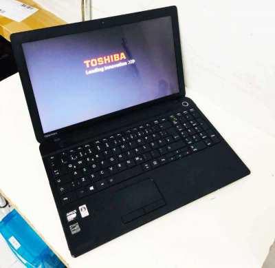 TOSHIBA satellite C50D, AMD E1, 4GB, 500GB, 15.6