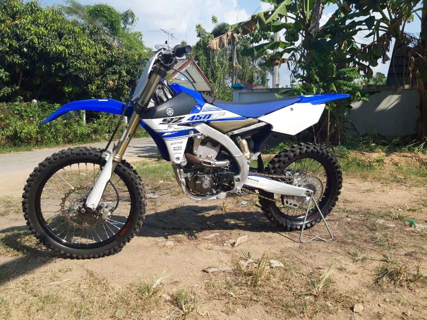 2016 Yamaha YZ450F ( ONLY 21 hours )
