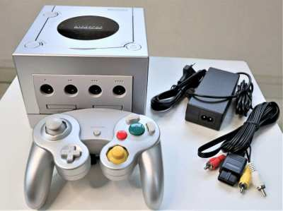 Nintendo GameCube Platinum - Video Game
