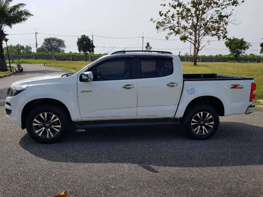 Good as new Chevrolet Colorado LTZ 2.5L Double-cab 2018, Sold by Owner