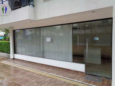 Shop For Rent Under the Condominium South Pattaya