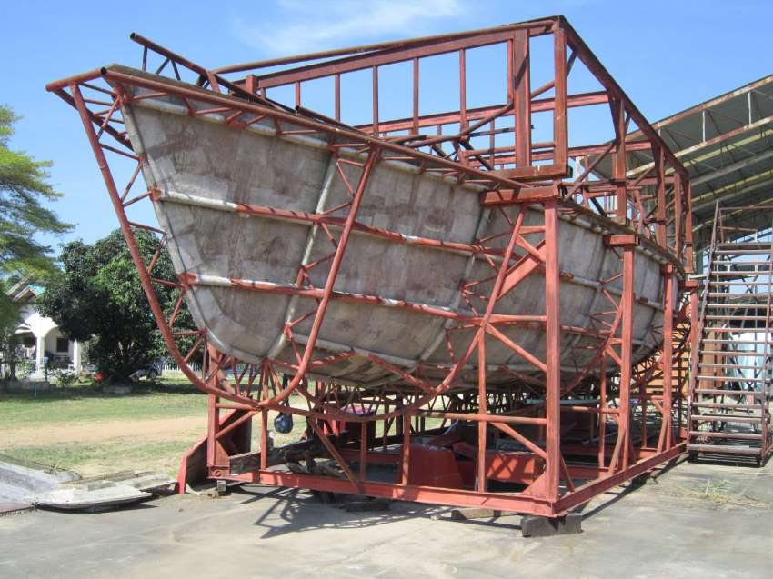 48' Sailboat Molds For Sale