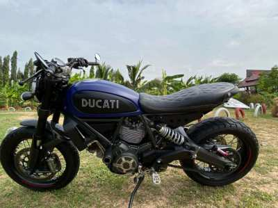 2015 DUCATI SCRAMBLER 800cc