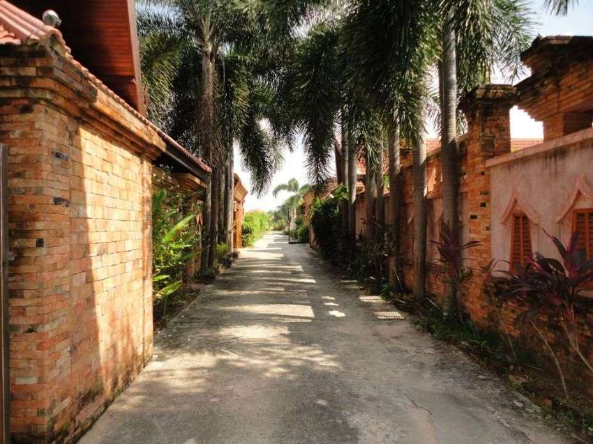 266/532 sqm Land 4 Sale Rawai Phuket