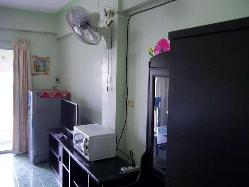 Nirun studio condo for rent/sale(545,000 baht)-Pattaya-1st + 4th floor