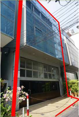 Commercial Building FOR RENT/SALE: Double Shophouse Near Holiday Inn