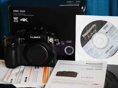 Panasonic Lumix GH4 Professional 4K Mirrorless Camera in Box, DMC-GH4