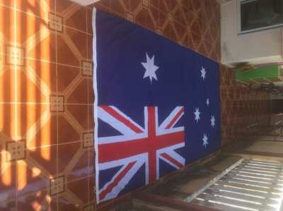 Huge Australian Flag 3.66M(12ft) x 1.83M(6ft). Perfect condition.