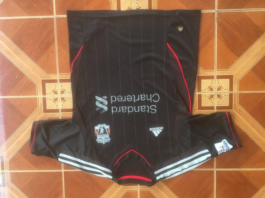 Adidas T-Shirt Liverpool Football Club. Unused. Size Small.