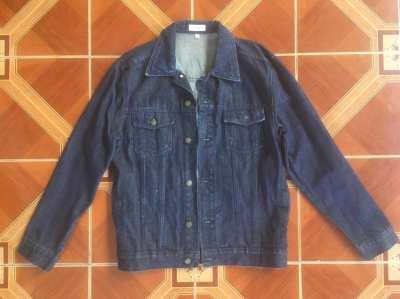 Blue Ridge Denim Coat. 2 pockets. Unused. Size Medium.