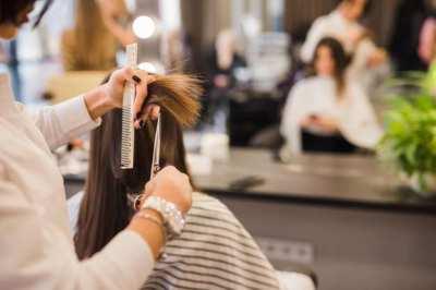 Beauty salon (Hairs & Nails), near BTS Sukhumvit CBD, busy office area