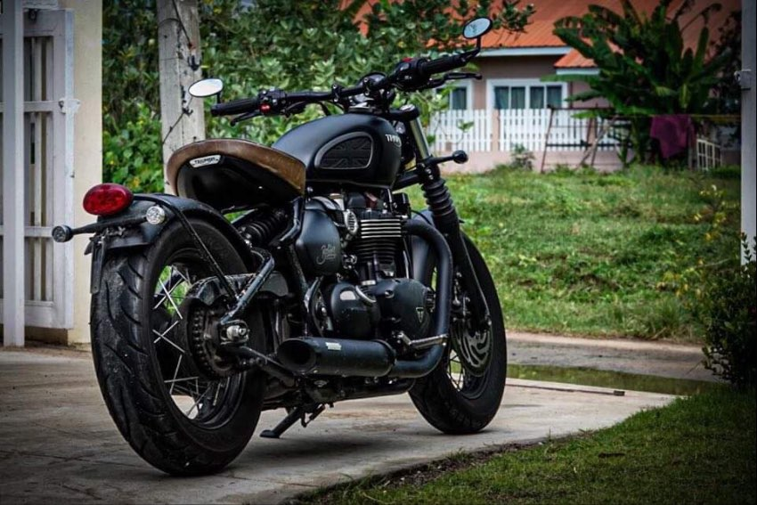 Triumph Bobber Black 1200cc...2018.....8,845KM - 435,000THB