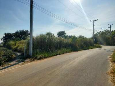 Hot! Nicely Shaped 2 Rai Plot with Electric and Municipal Water Onsite