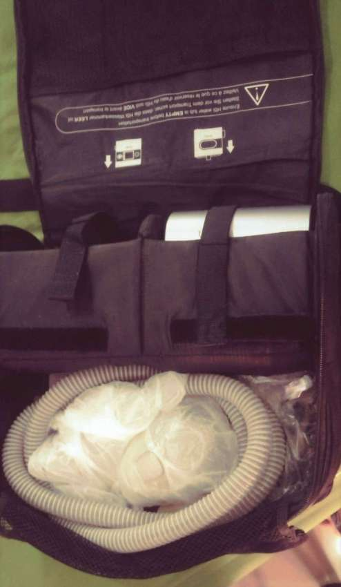CPAP ResMed model S9 against snoring and sleep apnea (OSA)-