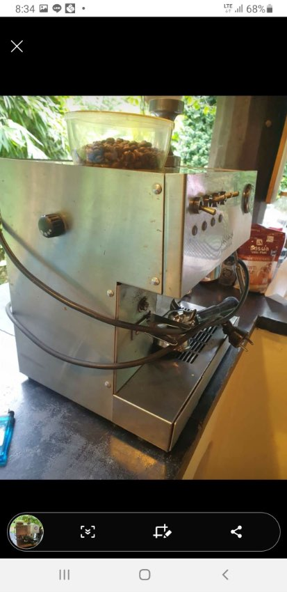 Ascasso Espresso machine with integrated grinder