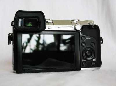 Panasonic Lumix DMC-GX7 Camera Black Silver Body in Box, GX7 G-X7 GX-7