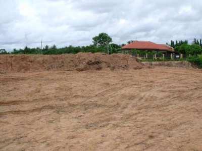 Land for sale (2 Rai) in the Bangsaray  mountainside area!!