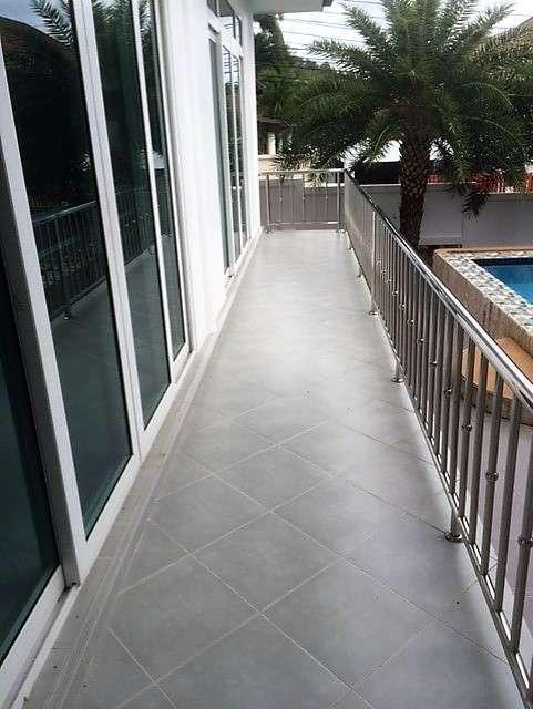 5 bedroom Pool villa for Sale Rawai