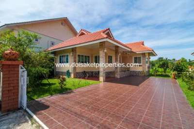 (HR183-02) 2-Bedroom House with Nice View for Rent in Talad Kwan, Doi