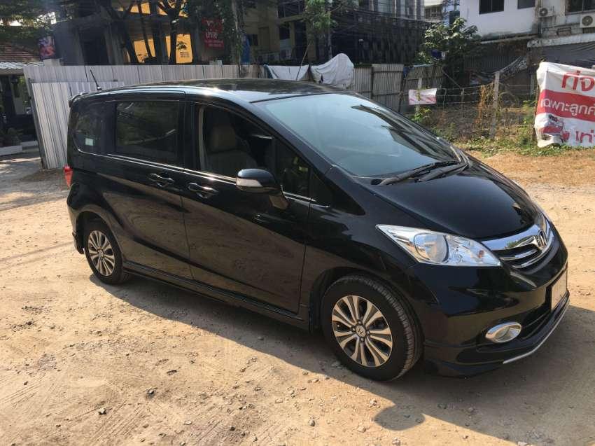 Honda Freed 2015 - model 2013 | Cars Vans & SUVs for Sale ...