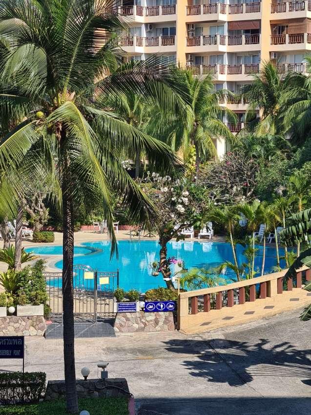 2 Bed 2 Bath Great Location Royal Hill Resort Thapprya Road.
