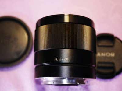 Sony FE 28mm f2,  35mm F/1.8 OSS Lens, SEL35F18