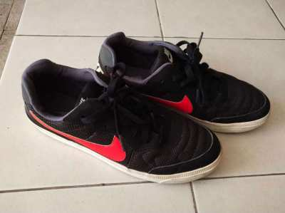 Nike Trainers– Size US 9.5 UK43