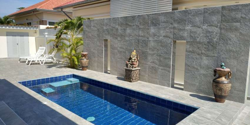 Top beautiful Pool Villa near Town