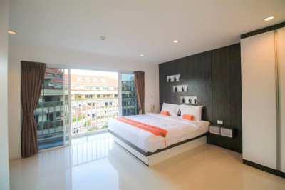 One Bedroom - Top Floor - Two Balcony - FOR RENT