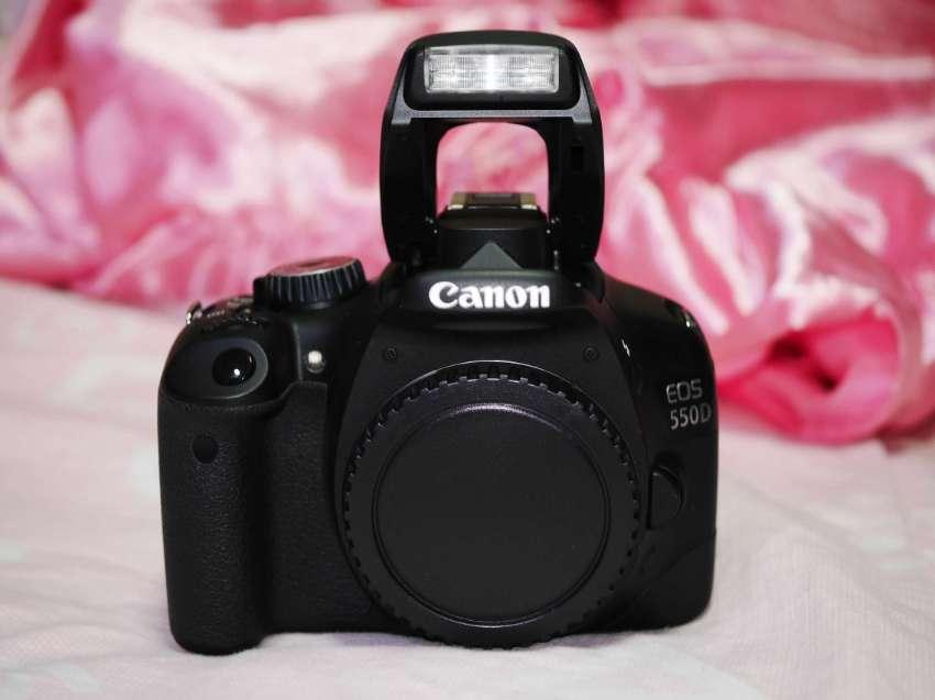 Canon EOS 550D DSLR Black Body, 550 D Kiss X4 Rebel T2i