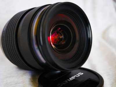 Olympus ED 12-40mm F2.8 PRO Splashproof Black Lens